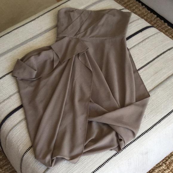 BCBGMaxAzria Dresses & Skirts - BCBG Runway Cocktail Dress